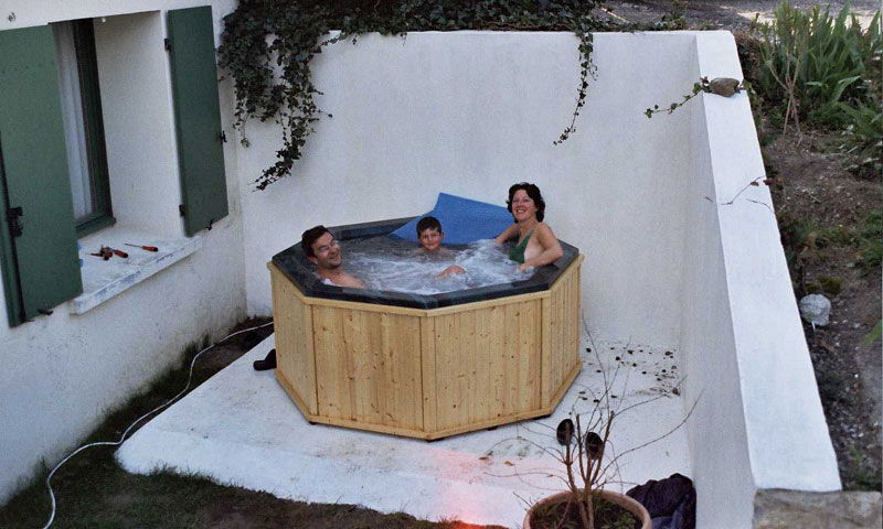 best jacuzzi dans son jardin photos amazing house design. Black Bedroom Furniture Sets. Home Design Ideas
